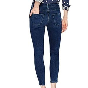Anthropologie James Jeans Twiggy Skinny mid-rise